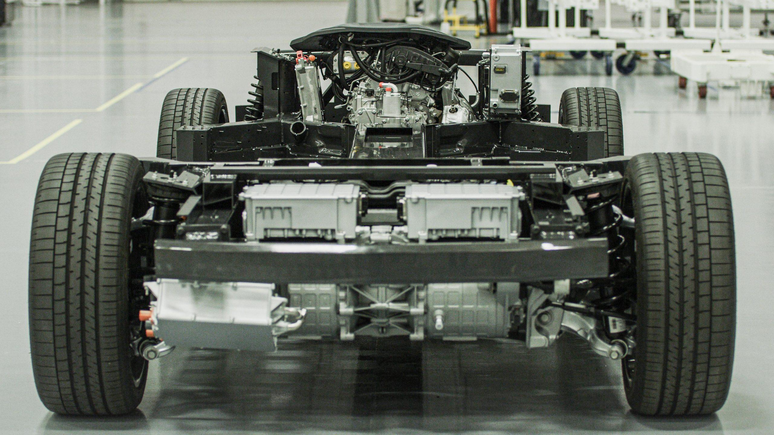 2 Motor RWD – EREV 2